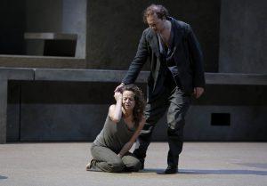 Elektra (Evelyn Herlitzius), Orest (Mikhail Petrenko)