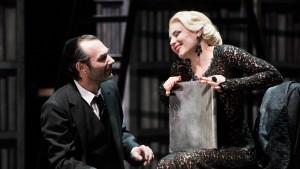 Acte II : Nikolai Schukoff (Eléazar), Sabina Puértolas (Eudoxie)