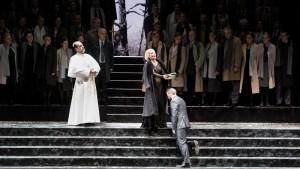 Acte III : Roberto Scandiuzzi (Brogni), Sabina Puértolas (Eudoxie), Enea Scala (Leopold)