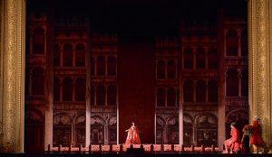 L'Opéra : Rachel Redmond (Léontine)
